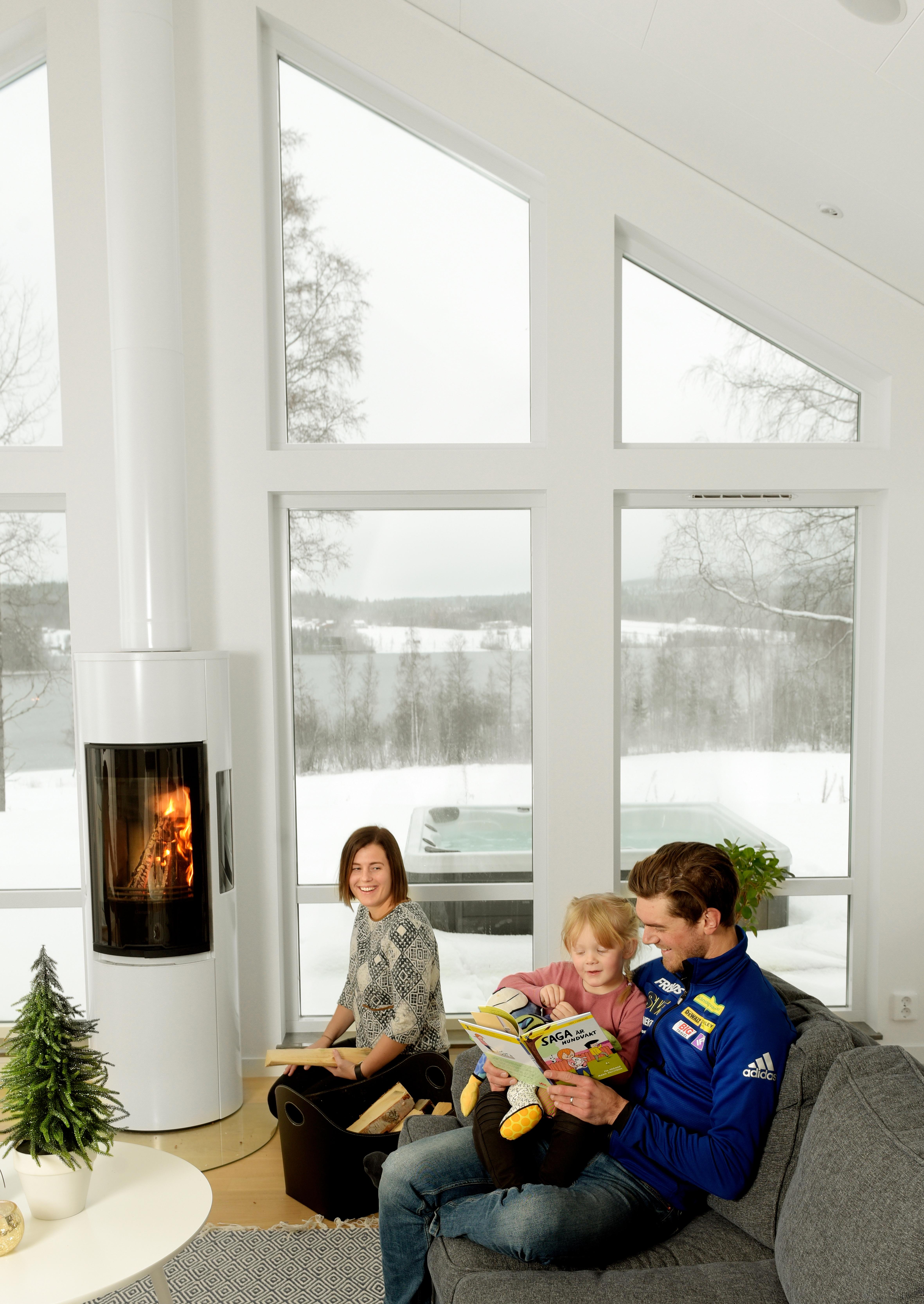 Fredrik Lindström familj 2 Håkan Nordström foto.jpg
