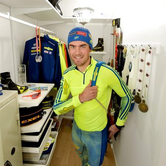 Fredrik Lindström garderob 1 Håkan Nordström foto.jpg