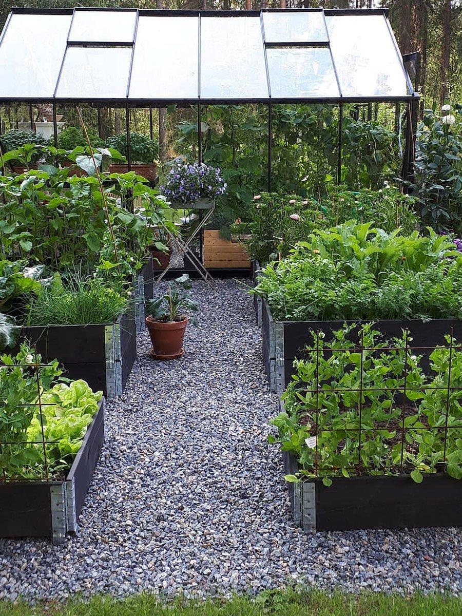Växthuset-ger-liv-till-gården-3